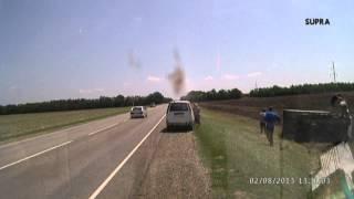 ДТП перевернулся грузовичок на трассе Отрадная Армавир 2.08.2013
