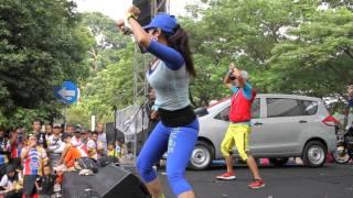 Joged Fitness @Parkir Timur Senayan