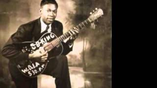 Watch Bb King Womans Got Soul video