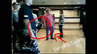Download Video Pengusiran Ustadz Somad Di Bali Menentang Pengajian Yang Diadakan Di Bali MP3 3GP MP4