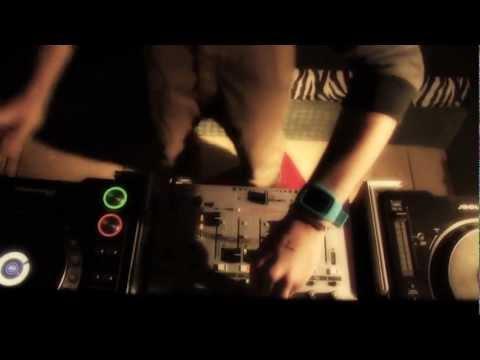 The Music Scene In Leeds [Documentary]