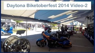 Biketoberfest in Daytona Beach, Florida EUA - 2/4