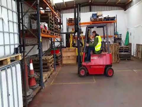 FLT Training Manchester - Novice Fork Lift Training Course Bolton
