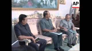 INDONESIA: JAKARTA: SUHARTO RETURNS TO RIOT TORN CITY