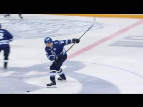 Kuteikin beats Biryukov from the centerice