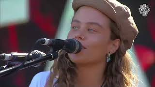 Download lagu Tash Sultana Live Chile Lollapalooza 18-03-2018