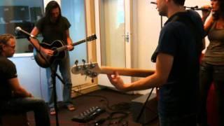 Ann May Silent Lucidity akoestisch 20 augustus 2011.MOV