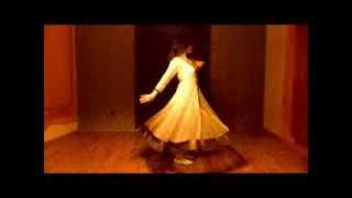 Dance on: Aaja Nachle