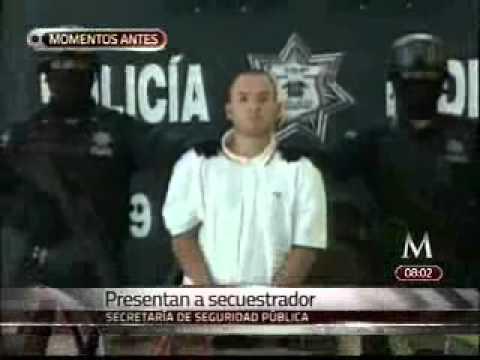 La Policía Federal presenta a El Wache, en el Centro de Mando de la Policía Federal