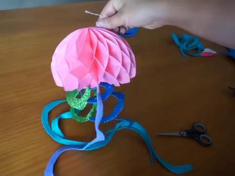 decoracion con caracoles de mar decoracion la sirenita hacer medusa con papel nido de abeja youtube