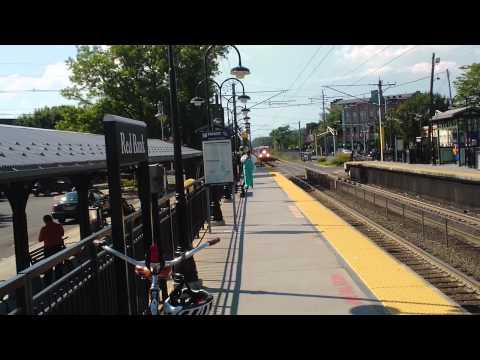 6/25/12 NJT 3251 arrives Red Bank