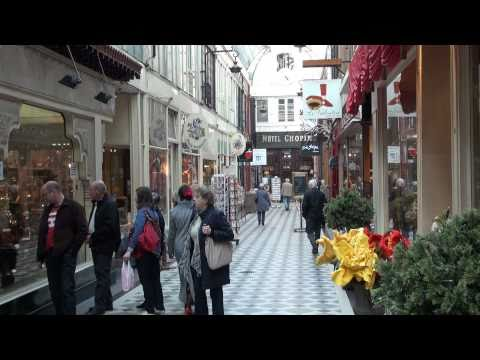 Traditional shopping galleries in Paris