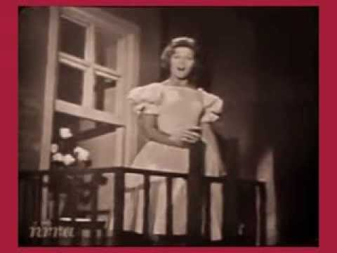 Anita Bryant sings Paper Roses in 1960 video