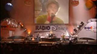 Jesse McCartney - Beautiful Soul Live at Radio Disney