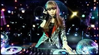 2013年3月13日発売の31thシングル 作詞・作曲:つんく.