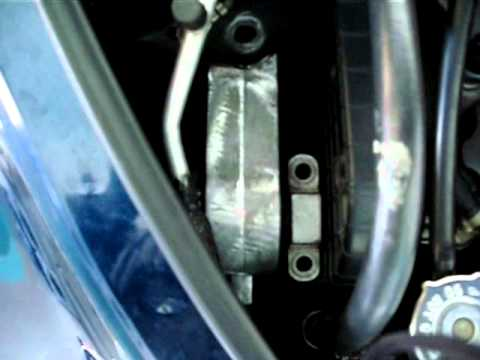 How To Remove Your Upper Mount On Your Pt Cruiser Youtube