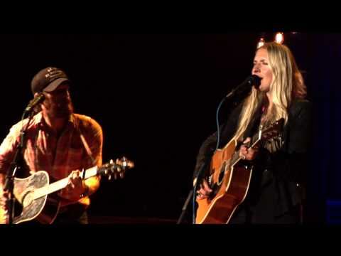 I'M SO LONESOME I COULD CRY/Holly Williams