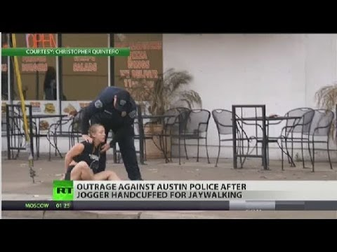 Austin police chief apologizes for remark about a jogger's arrest