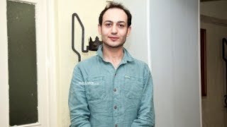 Չեմ կաշկանդվում, չեմ ամաչում ու չեմ նեղվում    Ավո Խալաթյան