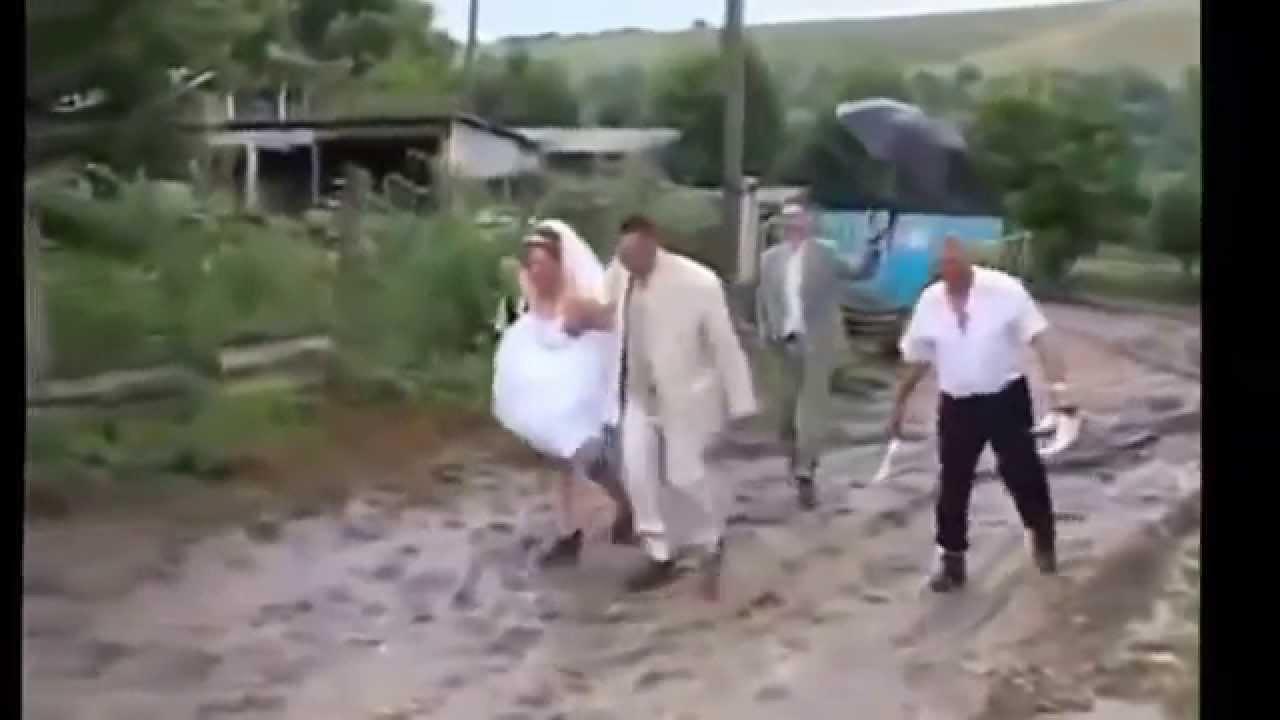 роль приколы на свадьбах фото смеяться до слез протягивается