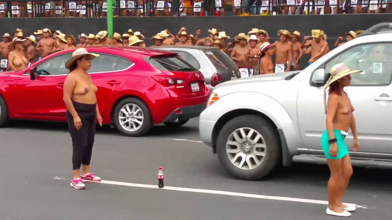 Naked in Mexico City - Los 400 pueblos Demonstration - YouTube