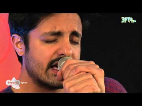 Young The Giant - 'Crystallized' Live @ 3voor12 Radio