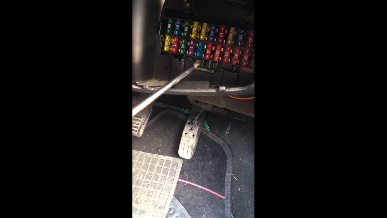 Ford KA Fuel Pump Relay Location  non start?  YouTube