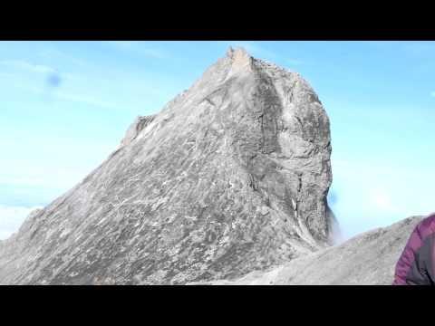 Earthquake on Mt. Kinabalu on June 5, 2015 (part 1: the footage)