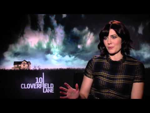 Talking '10 Cloverfield Lane' With Mary Elizabeth Winstead And Director Dan Trachtenberg