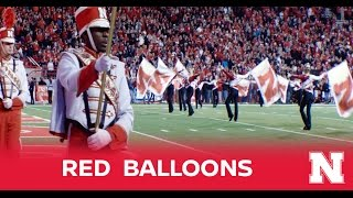 Nebraska�s Red Balloons: A Nissan Fan-Fueled Tradition