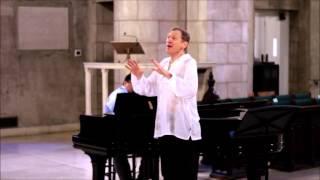 Daniel Gundlach and Lloyd Arriola perform Nacht und Träume