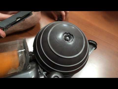 How to take apart Dyson Wheel DC40