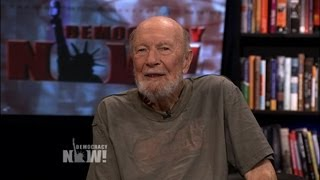 "Pete Seeger Marks 68th Anniversary of Hiroshima Bombing By Singing ""I Come And Stand At Every Door"""
