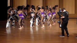 Dancing dolls vs purple diamonds-Fight