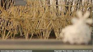 Theo Jansen - 3D printed Strandbeest with new Propeller Propulsion System
