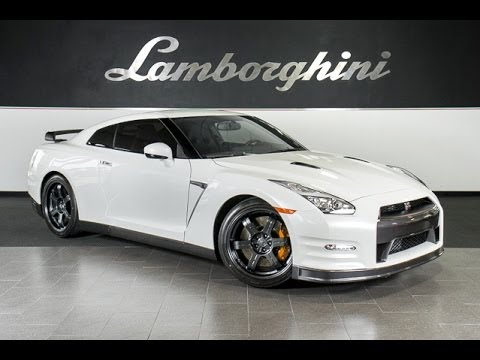 2015 nissan gtr black edition pearl white metallic l0661. Black Bedroom Furniture Sets. Home Design Ideas
