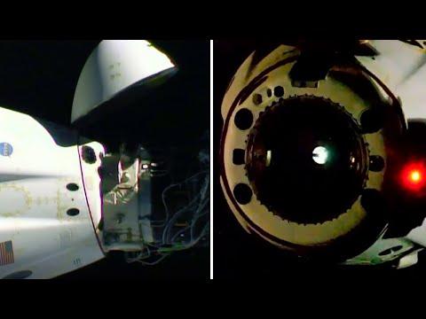 Nasa astronauts leave