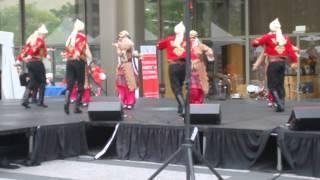 tuana folk troop at the chicago turkish festival 6 1 2013