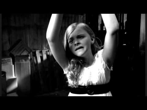 Jack & The Beanstalk (2009) - Damsel in Distress Scene - Chloe Moretz & Colin Ford