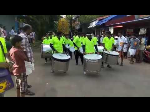 Team NH47 Nasik Dhol at Irinjalakuda