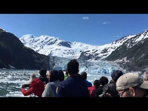 Alaska Glacier, Ice Burg Hitting Cruise
