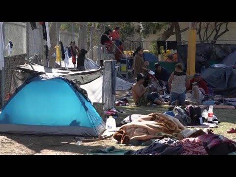 شاهد: المكسيك تفتح أبواب مجمع رياضي للمهاجرين بعد ملئ ملاجئ أخرى…  - نشر قبل 23 ساعة
