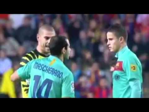 Jugadores del Barcelona hablando ingles - Messi, Mascherano, Valdés y Afellay (Parodia)
