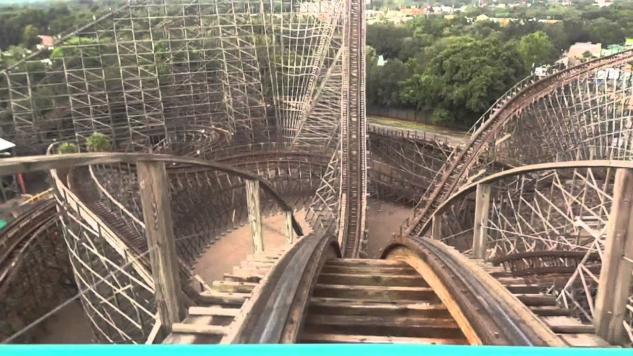 Montanha Russa De Madeira No Busch Gardens Tampa Fl
