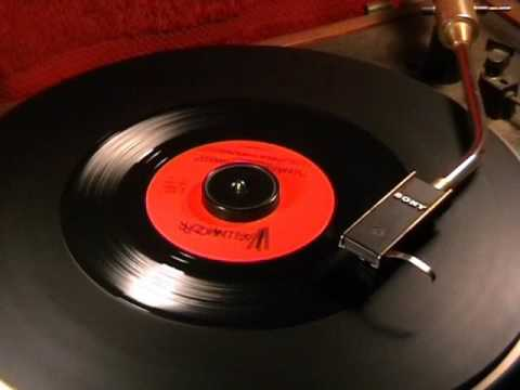 Cathy Jean & The Roommates - Please Love Me Forever - 1960 45rpm