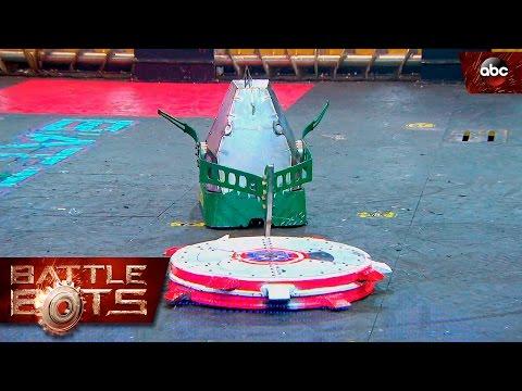 Chomp vs. Captain Shrederator - BattleBots