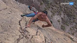 Más de un centenar de vías de escalada en 'el Cabeçonet' de Busot | @pregoner_es
