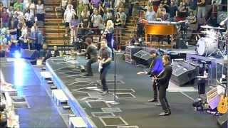 Bruce Springsteen and the E Street Band-Intro/Badlands