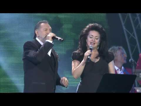 Видео: Тамара Гвердцители на юбилее ансамбля Сябры гцкз Россия Лужники