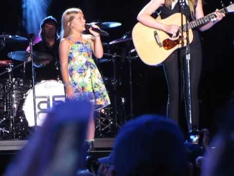 Lennon & Maisy Stella at CMA FEST 13